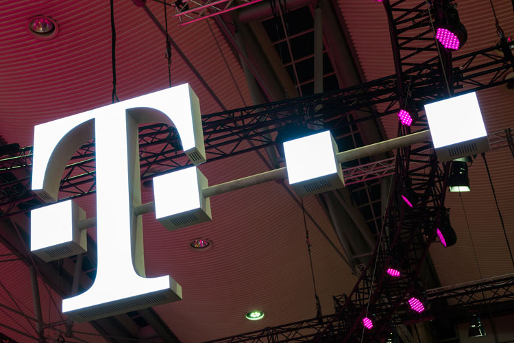 T-Mobile Calls Out Competition As They Turn On Their 5G Networks