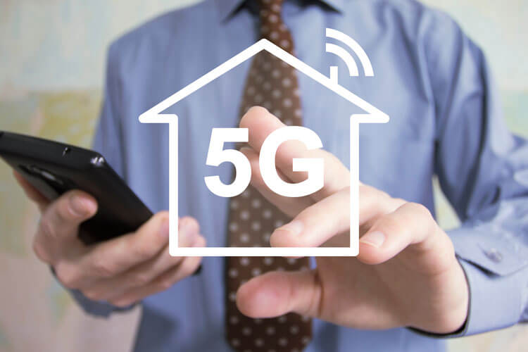 A graphic of a home using 5G fixed wireless.